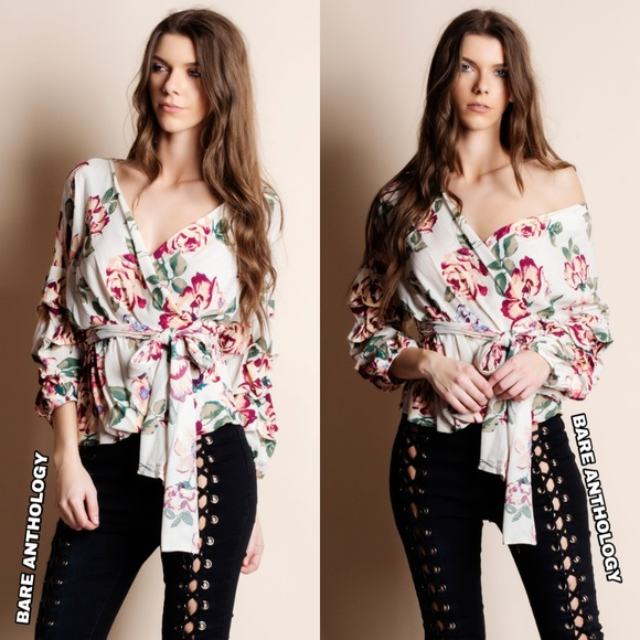 Bare Anthology Tops - Wrap Floral Puff Sleeve Top